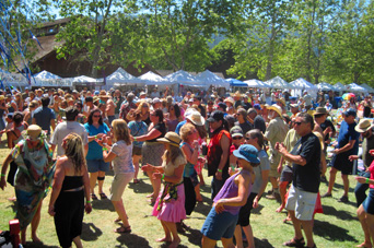 2013 Redwood Mountain Faire needs Volunteers!